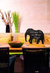 Stolní popisovací tabule SLON s popisovačem, dřevěný stojánek(FBT-ELEPHANT)