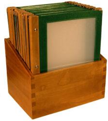 Box s jídelními lístky WOOD, zelená (20 ks)